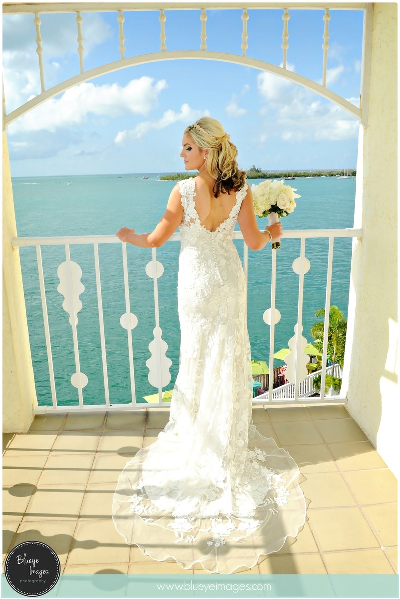 Ocean key resort spa wedding ceremony reception venue for Key west wedding dresses
