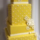 130x130 sq 1329345795218 yellowdotweddingcakemed