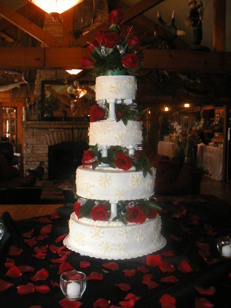 Wedding Cakes Eagle River Wi