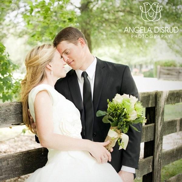Angela disrud photography wedding photography tennessee for Wedding dress rental nashville tn