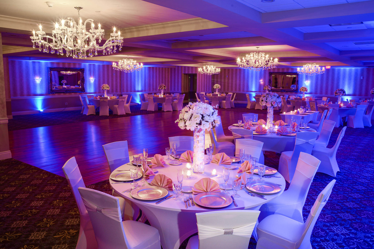 Sterling ballroom at the doubletree by hilton tinton falls for W hoboken in room dining