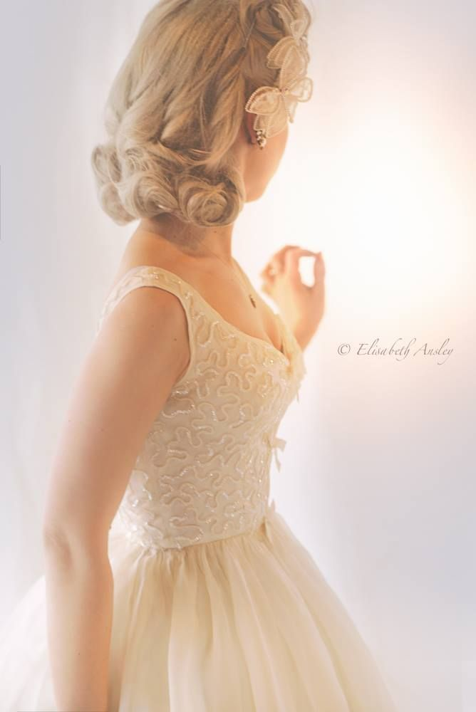 Andrea S Vintage Bridal Wedding Dress Amp Attire Minnesota