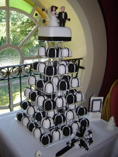 The Queen Of Confections Wedding Cake Georgia