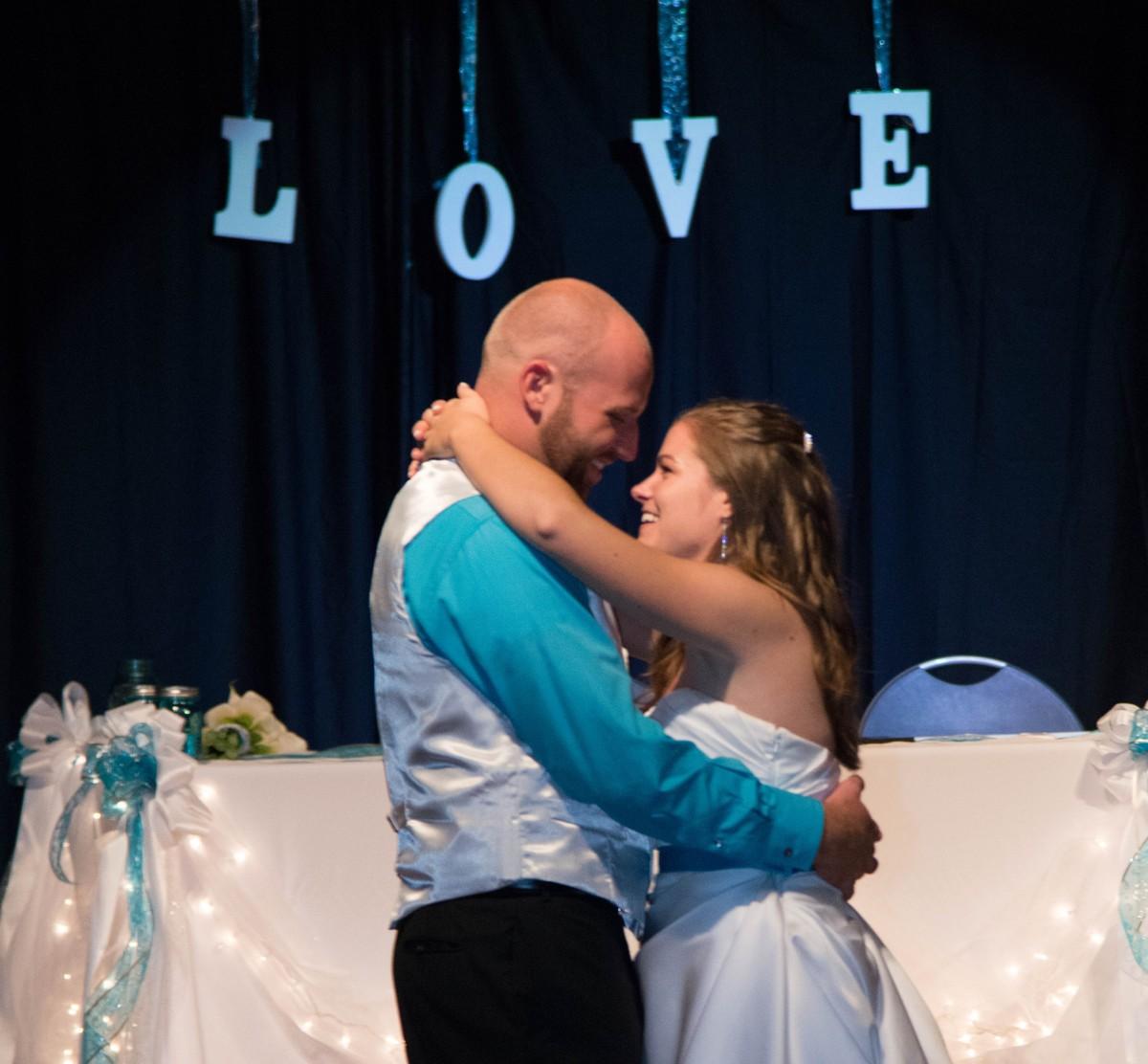 Wedding dress alterations in colorado springs wedding for Colorado springs wedding dresses