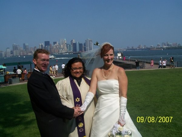 Reverend vanessa vaz photos officiant pictures new york for Wedding officiant long island