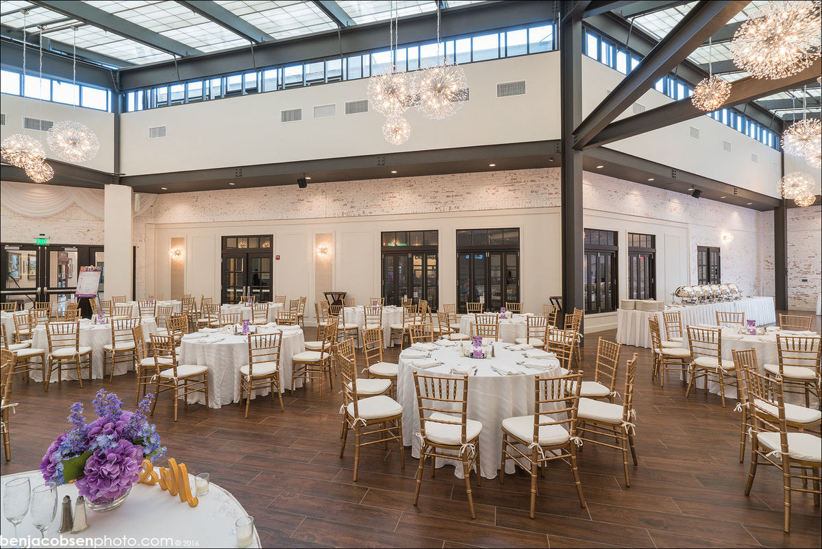 crowne plaza providence warwick airport wedding