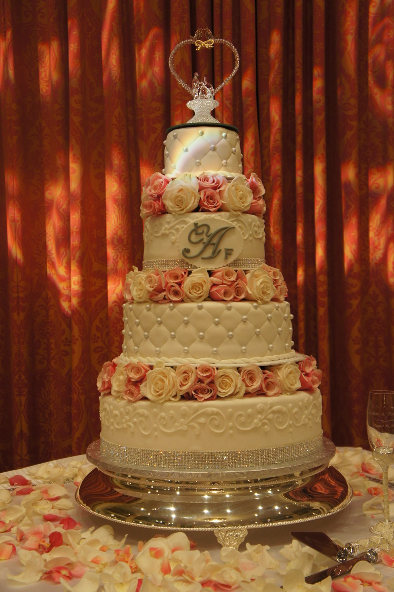 Classic bakery cafe wedding cake district of columbia for Classic bake house