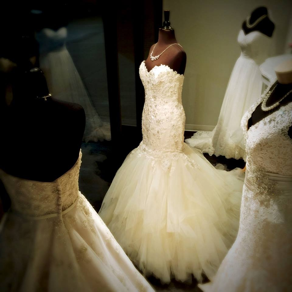 Pomp and pageantry wedding dress attire oklahoma for Wedding dress shops in okc