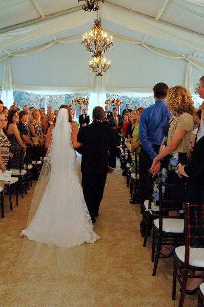 Classic party rentals wedding event rentals photobooths for Wedding dress rental memphis tn