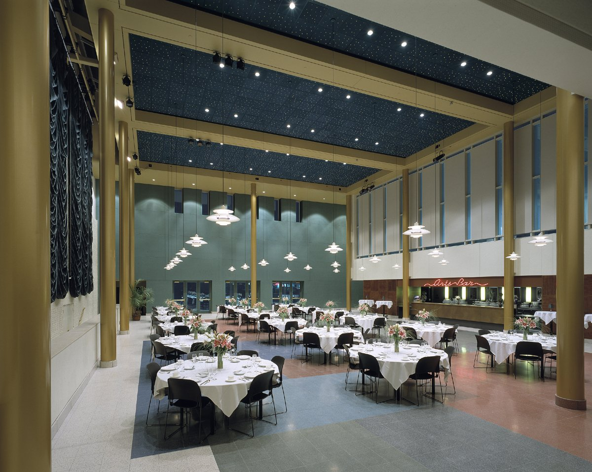 The grand wedding ceremony reception venue wisconsin for Wedding dress shops in green bay wi