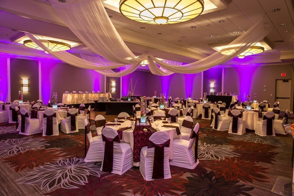 Doubletree By Hilton Hotel Pittsburgh Green Tree Wedding Ceremony Amp Reception Venue