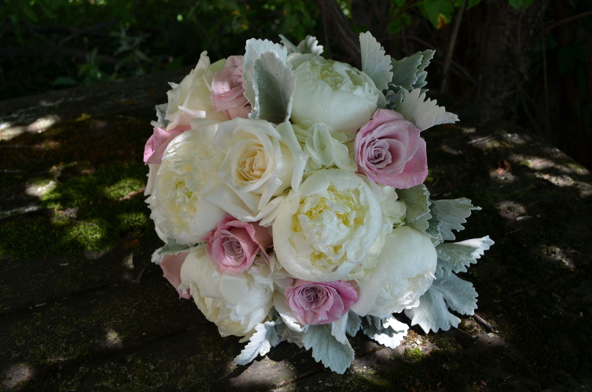 gillespie florists wedding flowers indiana indianapolis lafayette terre haute and. Black Bedroom Furniture Sets. Home Design Ideas