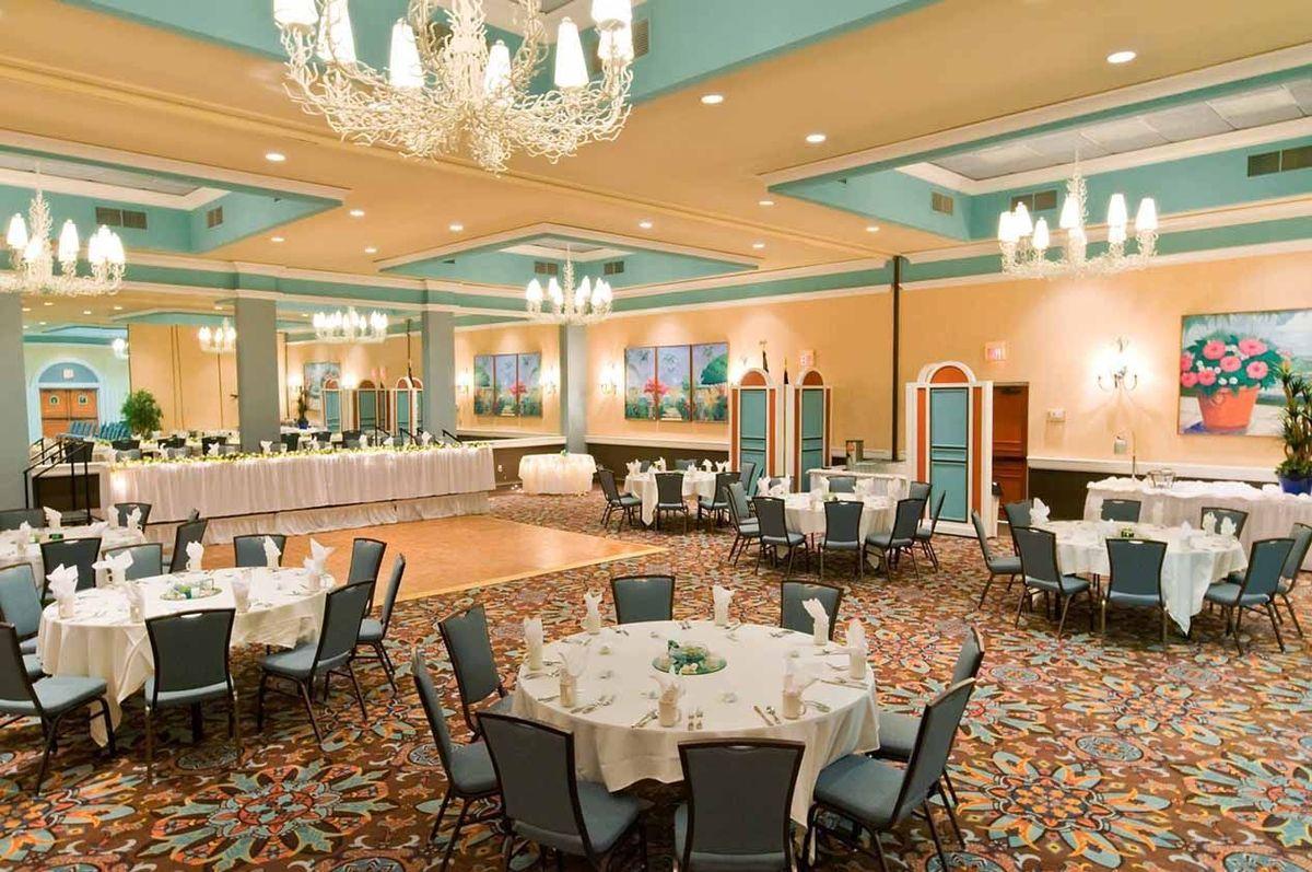 Ocean Reef Resort, Wedding Ceremony & Reception Venue