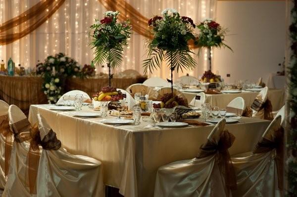 Wedding Flowers Flint Mi : Tulle and lights wedding flowers michigan detroit