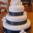 130x130 sq 1199497797765 weddingcakes006