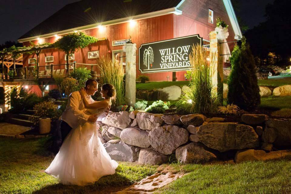 Willow Spring Vineyards Wedding Ceremony Amp Reception Venue Massachusetts