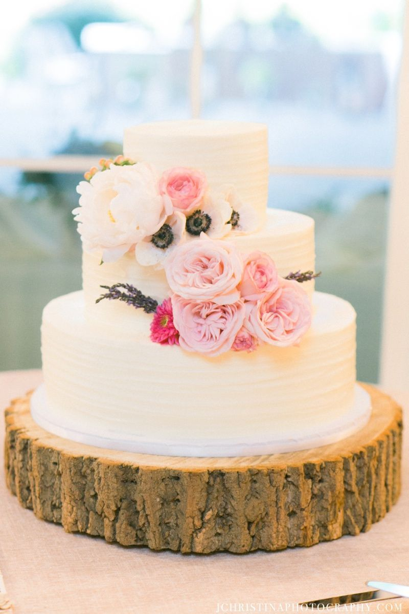 simply cakes photos wedding cake pictures north carolina raleigh triangle greensboro. Black Bedroom Furniture Sets. Home Design Ideas