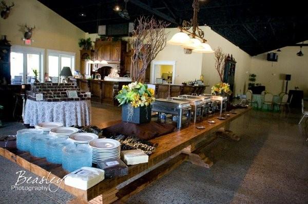 The Renaissance Center Wedding Ceremony Amp Reception Venue