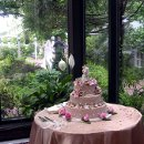 130x130 sq 1307637365234 weddingcakebrigrombg