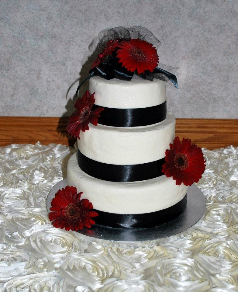 Decadent Desserts Wedding Cake Minnesota