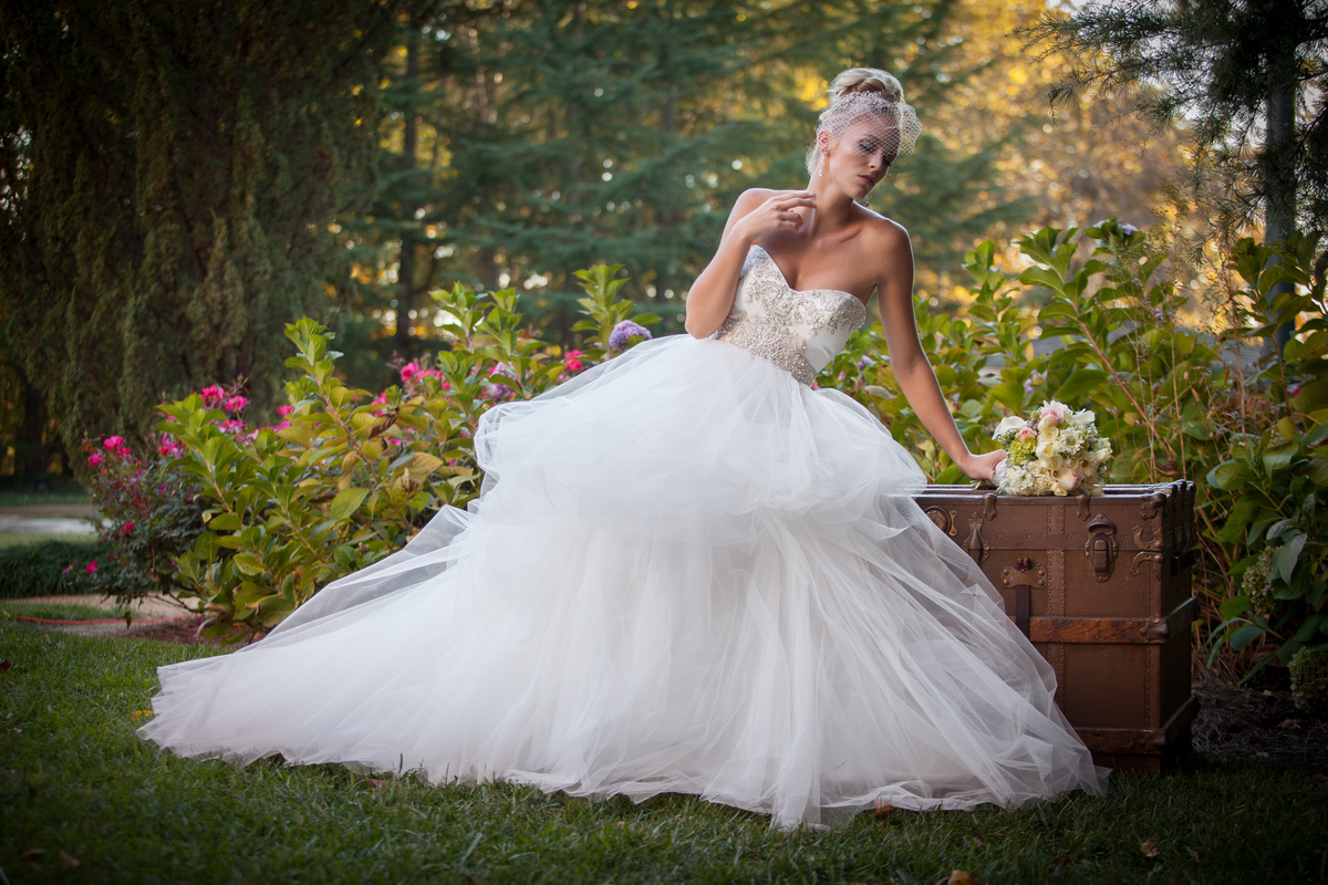 Hyatt regency atlanta perimeter at villa christina for Wedding dress rental atlanta