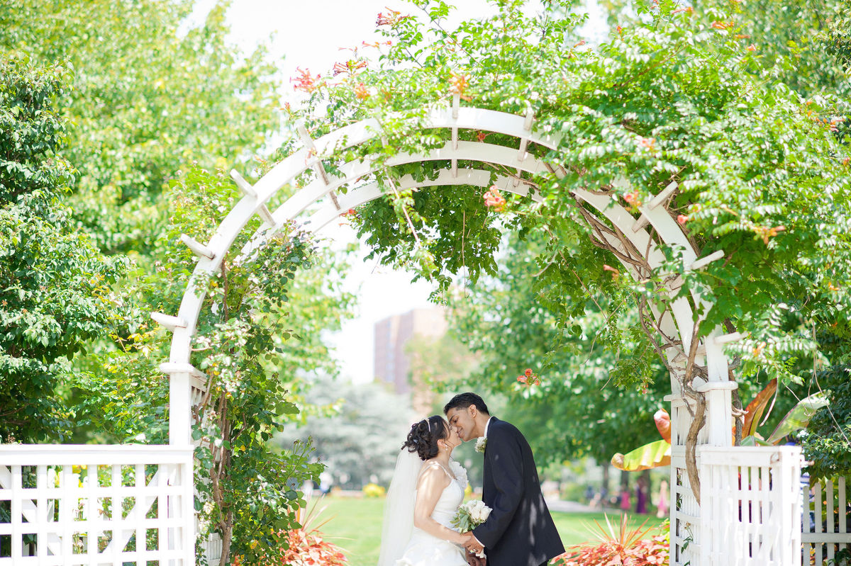 Queens botanical garden reviews ratings wedding for Outdoor wedding venues ny