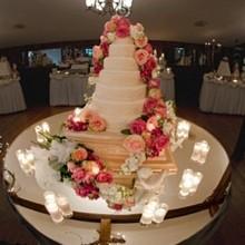 Stroudsmoor Inn Towne Bakery Cafe Wedding Cake