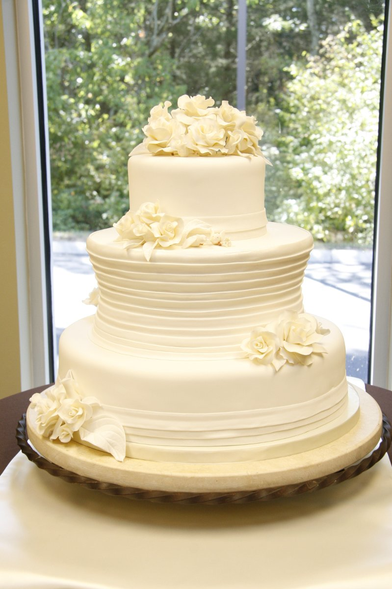 the bake shoppe wedding cake tennessee nashville and surrounding areas. Black Bedroom Furniture Sets. Home Design Ideas