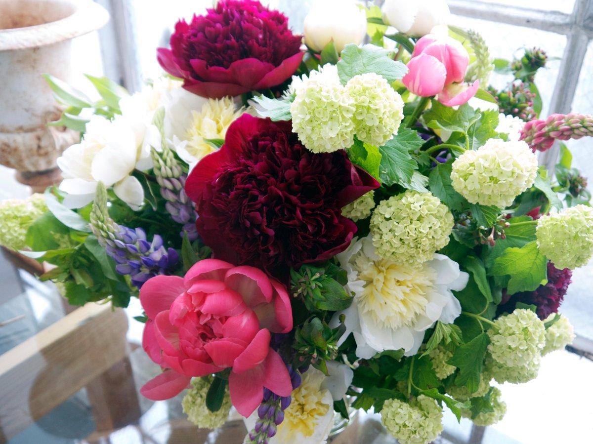 fieldwork flowers wedding flowers oregon portland and surrounding areas. Black Bedroom Furniture Sets. Home Design Ideas
