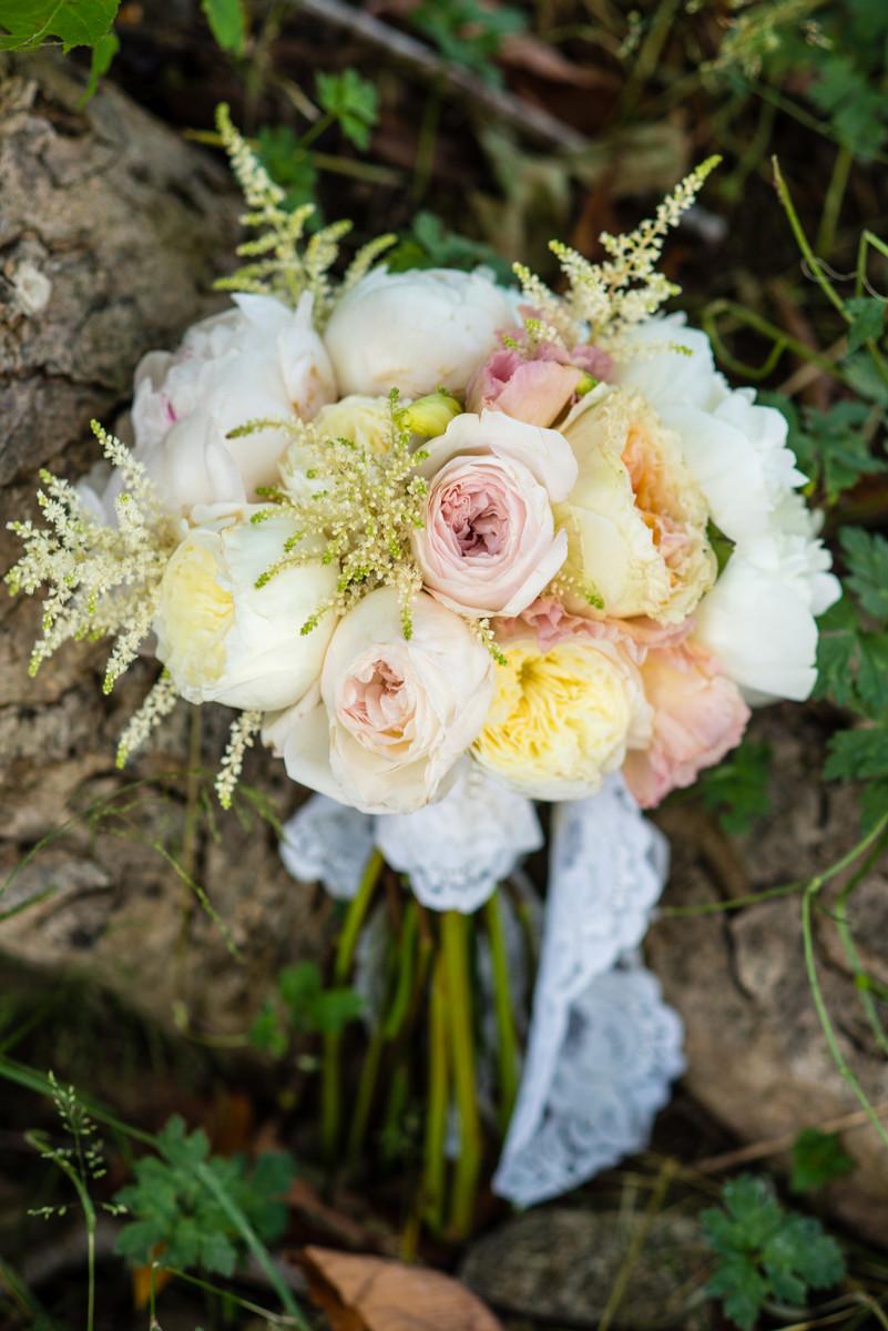bloom wedding flowers north carolina charlotte asheville and surrounding areas. Black Bedroom Furniture Sets. Home Design Ideas