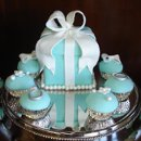130x130 sq 1232332728140 tiffanybox%26cupcakes