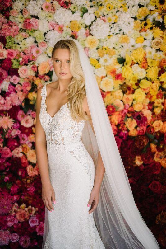 Schaffer 39 s bridal wedding dress attire iowa des for Wedding dresses iowa city