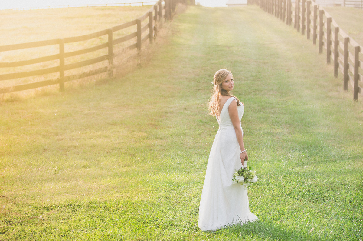 Align images photos photography pictures ohio for Wedding dress rental cincinnati ohio