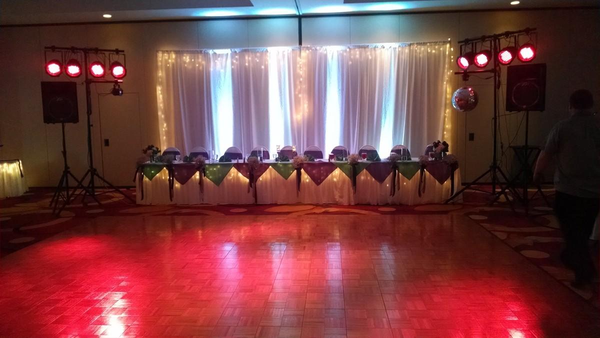 Hilton Garden Inn Columbia Wedding Ceremony Reception Venue Missouri St Louis Columbia