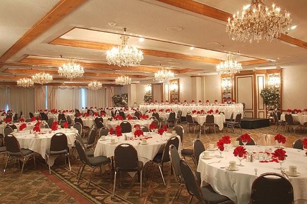 Clarion Hotel Downtown Fort Wayne Wedding Ceremony
