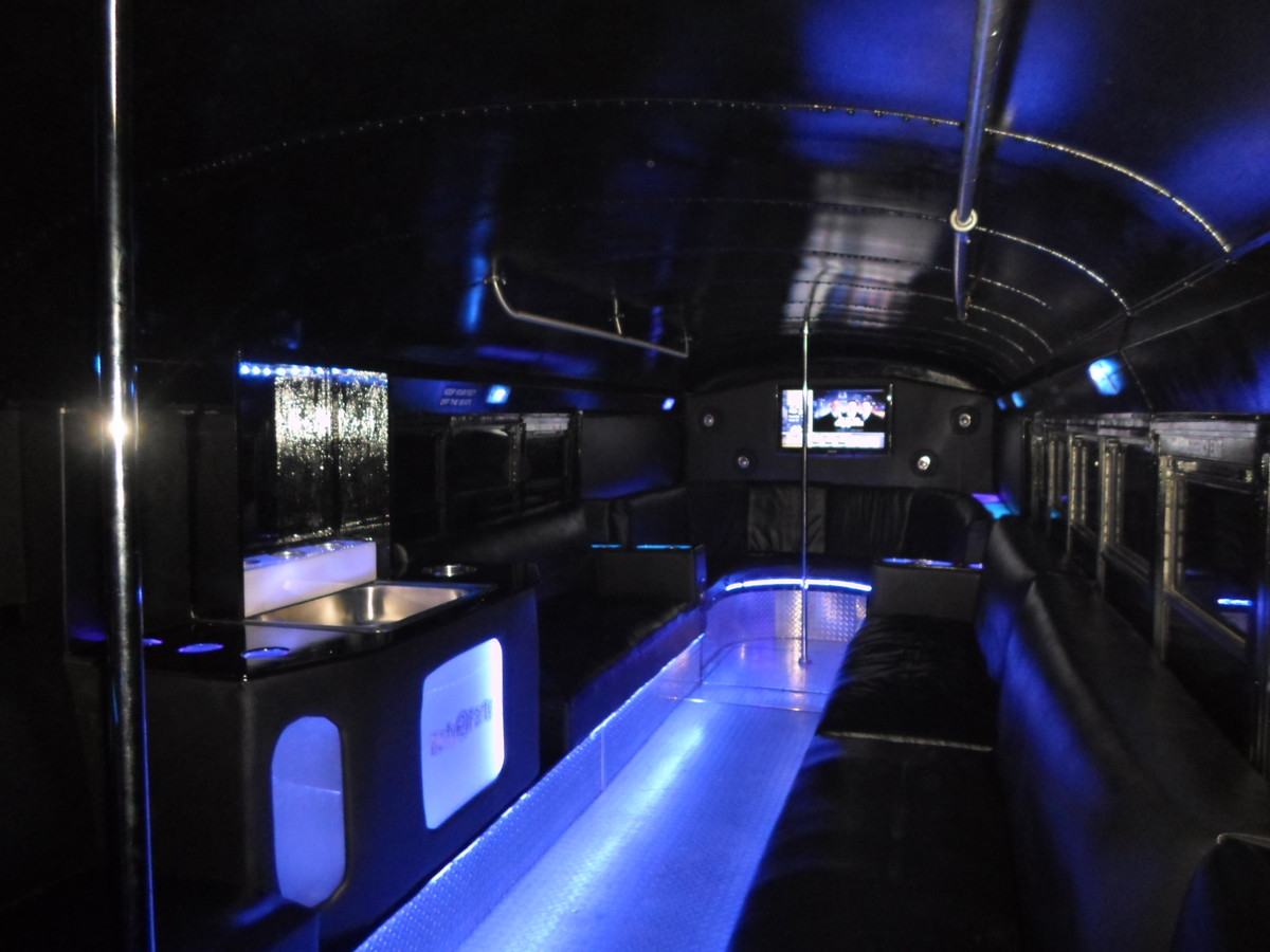 Redy2party Limo Bus Wedding Transportation Kansas