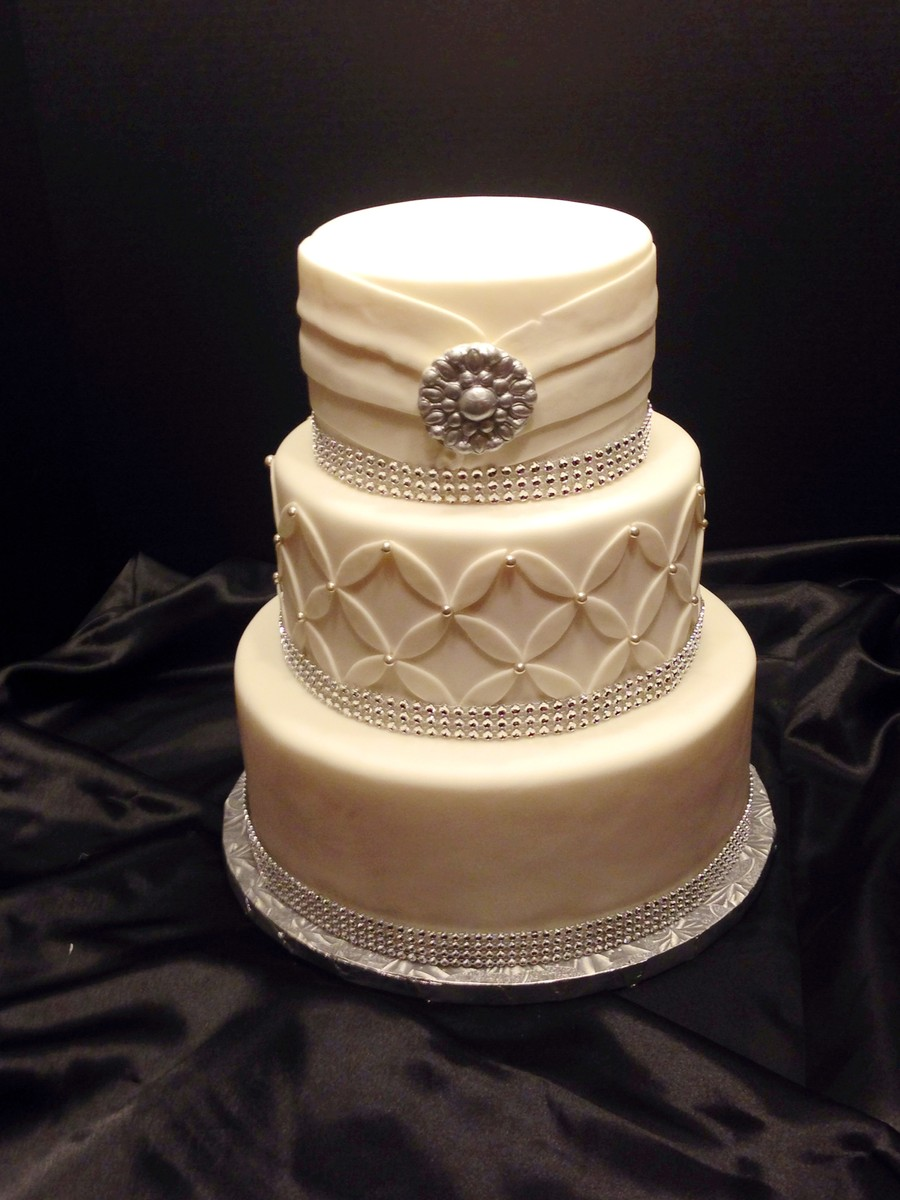 cakes by j leon reviews ratings wedding cake north carolina raleigh triangle greensboro. Black Bedroom Furniture Sets. Home Design Ideas