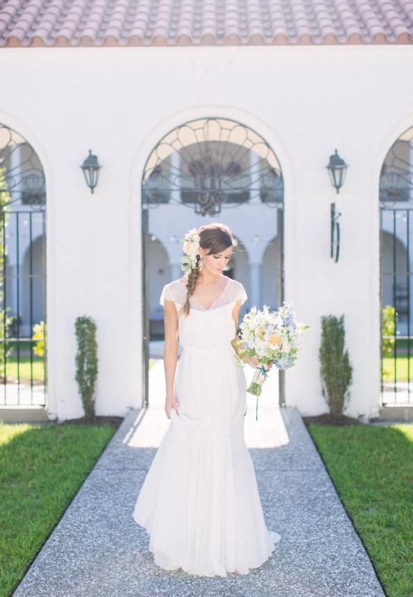 Amber veatch designs wedding unique services other for Wedding dress rental tampa
