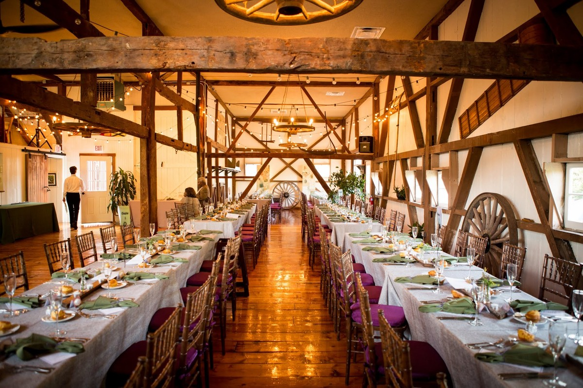 The barn at lochwood reviews ratings wedding ceremony for Wedding dress rental philadelphia
