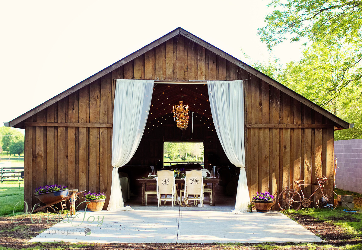 The Barn In Zionsville Wedding Ceremony Amp Reception Venue