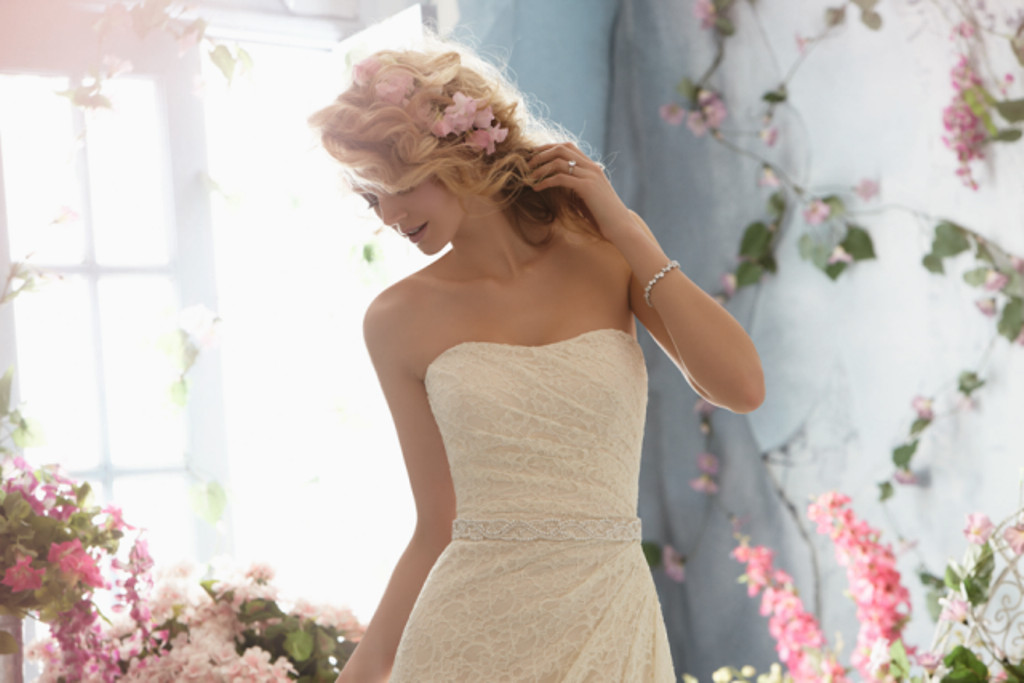 Bridals by connie reviews ratings wedding dress for Wedding dresses chattanooga tn