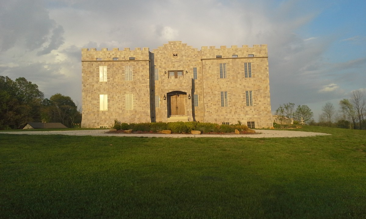 Clayshire Castle Wedding Ceremony Amp Reception Venue