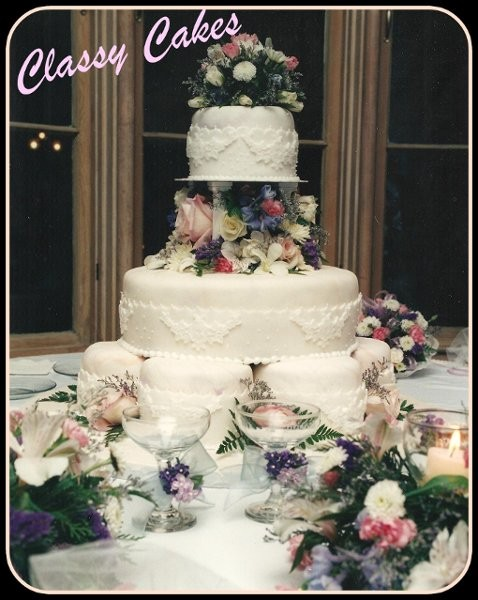 classy cakes wedding cake florida tampa st petersburg sarasota and surrounding areas. Black Bedroom Furniture Sets. Home Design Ideas