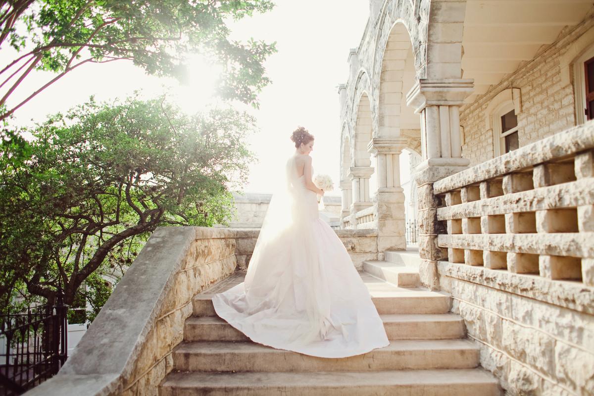 chateau bellevue wedding ceremony reception venue texas austin