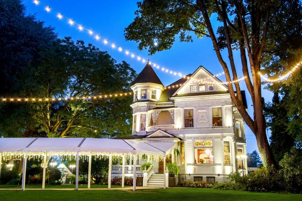 Victorian belle wedding ceremony reception venue for Wedding dress rentals portland oregon