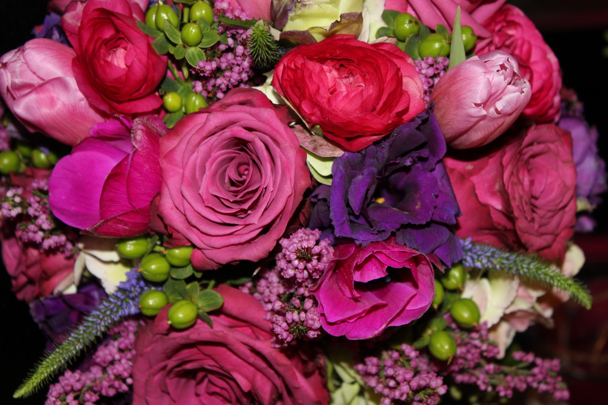 dale 39 s designs florals wedding flowers ohio cincinnati dayton and surrounding areas. Black Bedroom Furniture Sets. Home Design Ideas