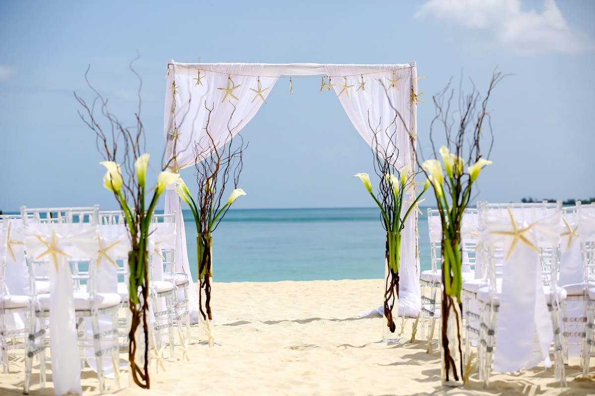 Melia Nassau Beach Wedding Ceremony Amp Reception Venue Bahamas