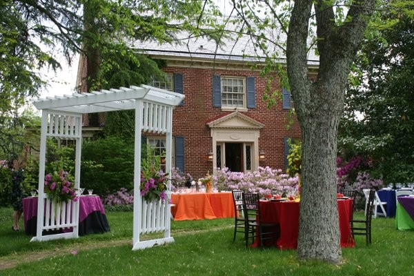 williamsburg manor bed and breakfast wedding ceremony reception venue virginia hampton. Black Bedroom Furniture Sets. Home Design Ideas