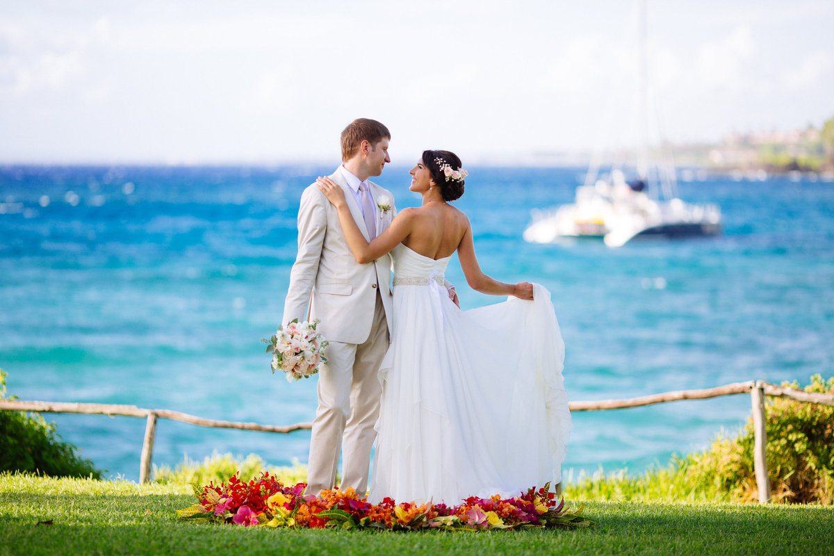Makena weddings wedding planning hawaii honolulu and for Honolulu wedding dress rental