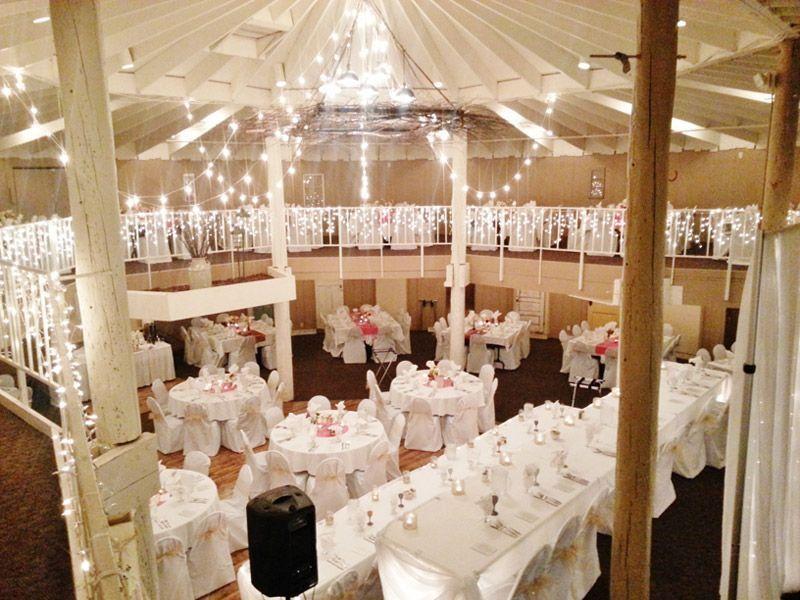 The Barn Alexandria/Holiday Inn, Wedding Ceremony ...
